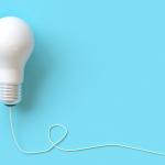 Blue background - lightbulb
